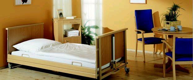 תמונה של מיטה סיעודית חשמלית Burmeier כניסה נמוכה